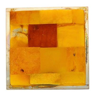 Srebrna broszka kwadratowa z bursztynem