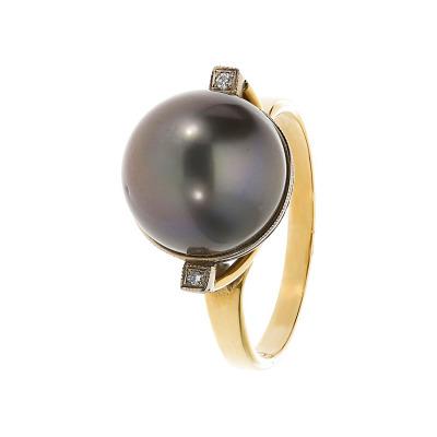 Pierścionek złoty z perłą i brylantami