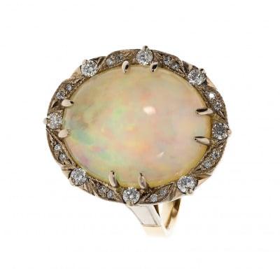 Pierścionek złoty z opalem 9,27 ct i brylantami 0,35 ct Si/H