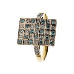 Pierścionek złoty z niebieskimi brylantami