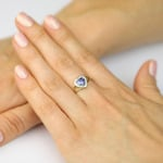 Pierścionek złoty z tanzanitem i diamentami