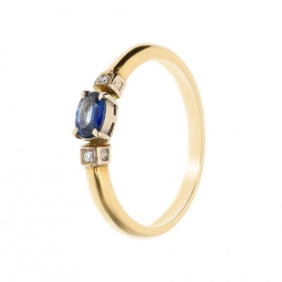 Pierścionek złoty z szafirem i brylantami