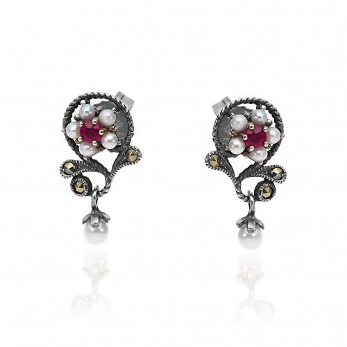 Kolczyki srebrne retro kwiatki z markazytami, perłami i rubinami