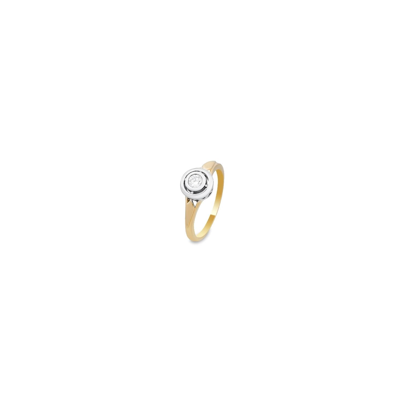 A&A Pierścionek wykonany w żółtym i białym złocie z brylantem 0,20 kt.