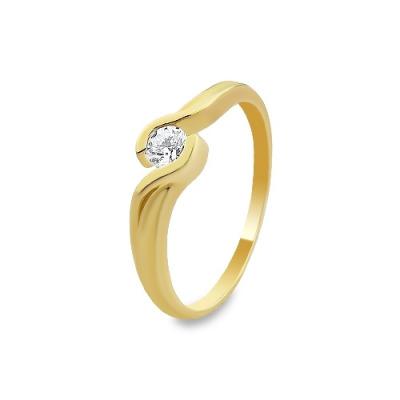 A&A Pierścionek wykonany w żółtym złocie z brylantem 0,20 kt.