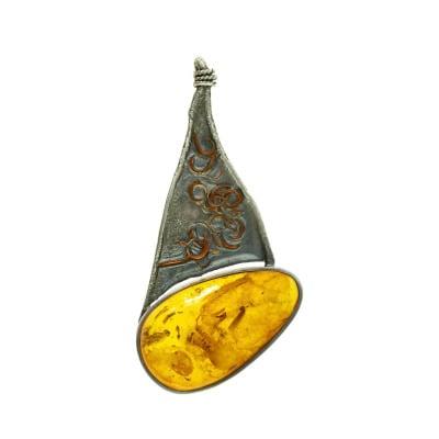 Przywieszka srebrna z bursztynem